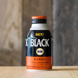 「UCC BLACK無糖 DEEP & HOT AROMA」のパッケージデザイン